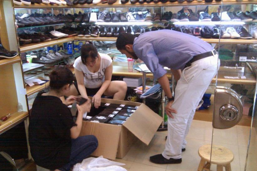 Fake Apple Store Highlights Counterfeit China