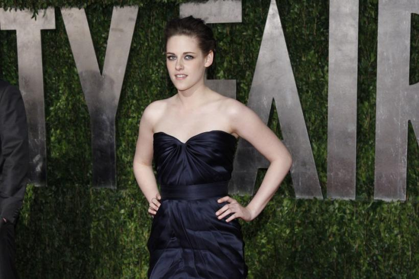 Kristen Stewart's Dress Oscar-Worthy?