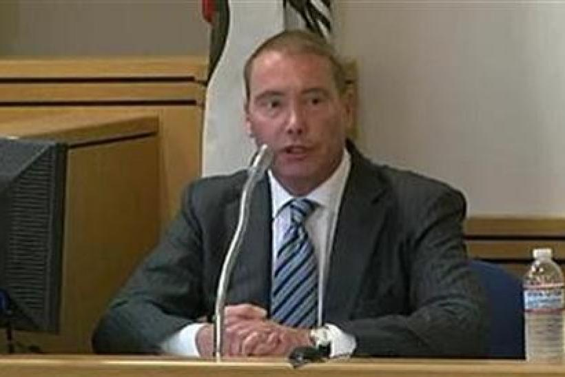 Bond fund manager Jeffrey Gundlach testifies in court in Los Angeles