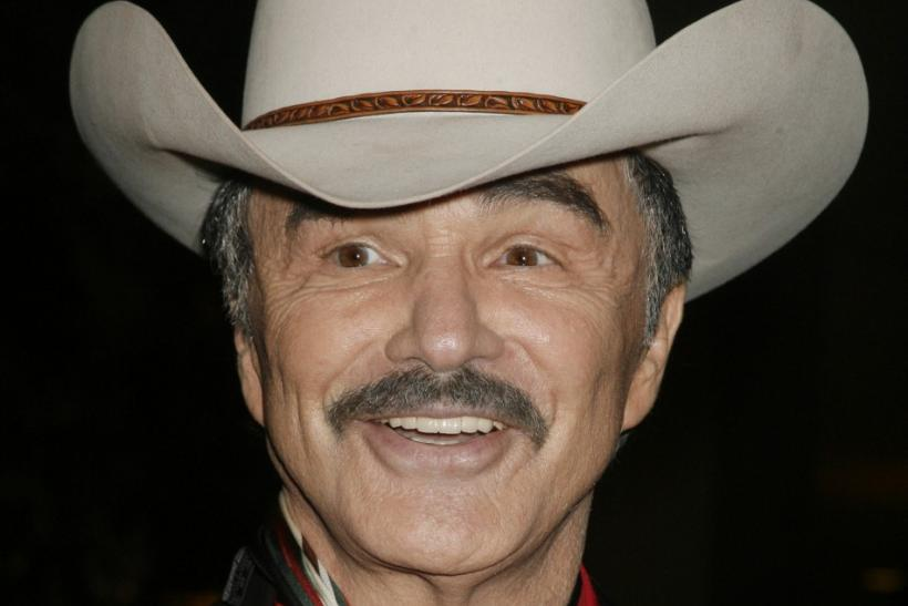 Actor Burt Reynolds has made a rare public appearance.