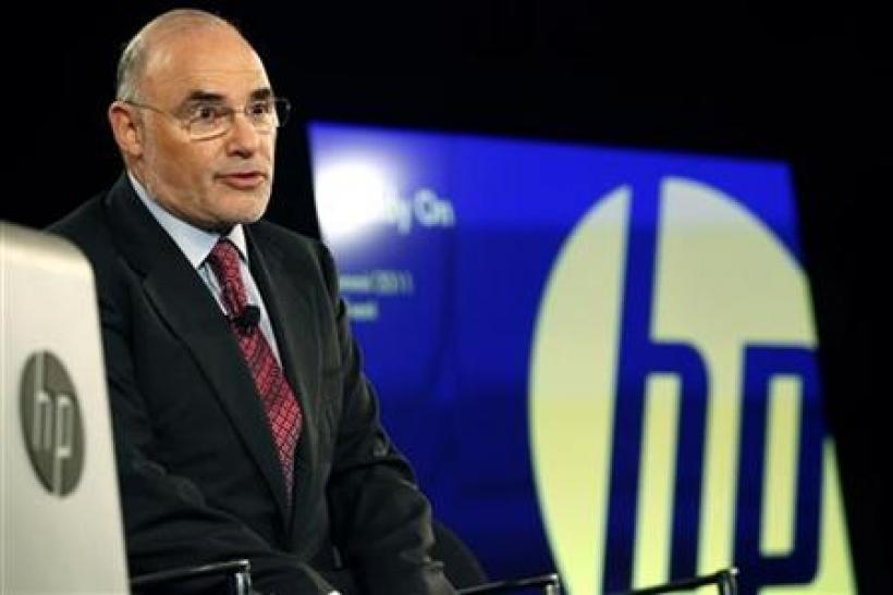 HP CEO Leo Apotheker speaks to the press after delivering the keynote address at the HP Summit in San Francisco