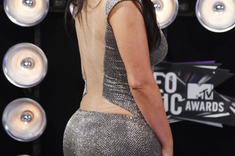 TV personality Kim Kardashian arrives at the 2011 MTV Video Music Awards in Los Angeles