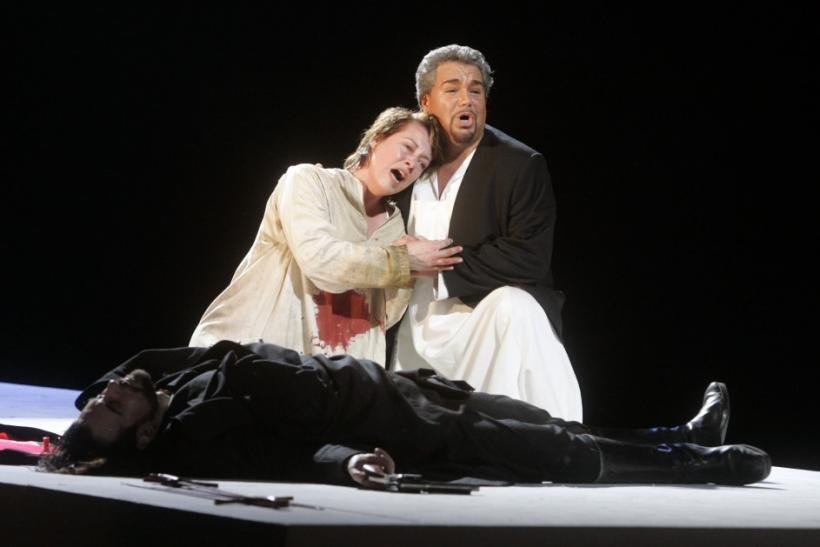 Italian Opera Tenor Licitra Dies After Accident