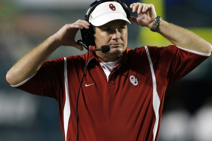 Oklahoma head coach Bob Stoops