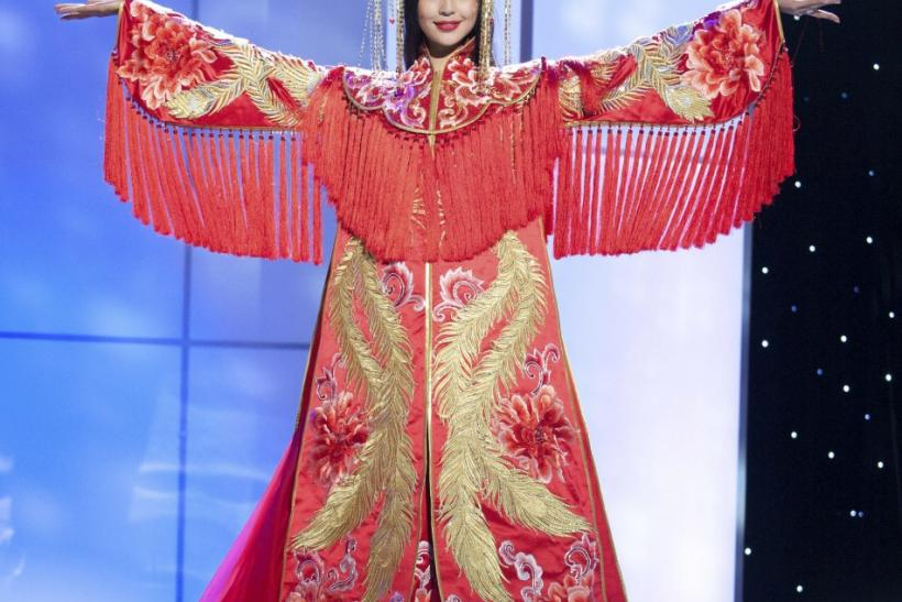 Miss Universe 2011: Stunning Contestants in National Costumes