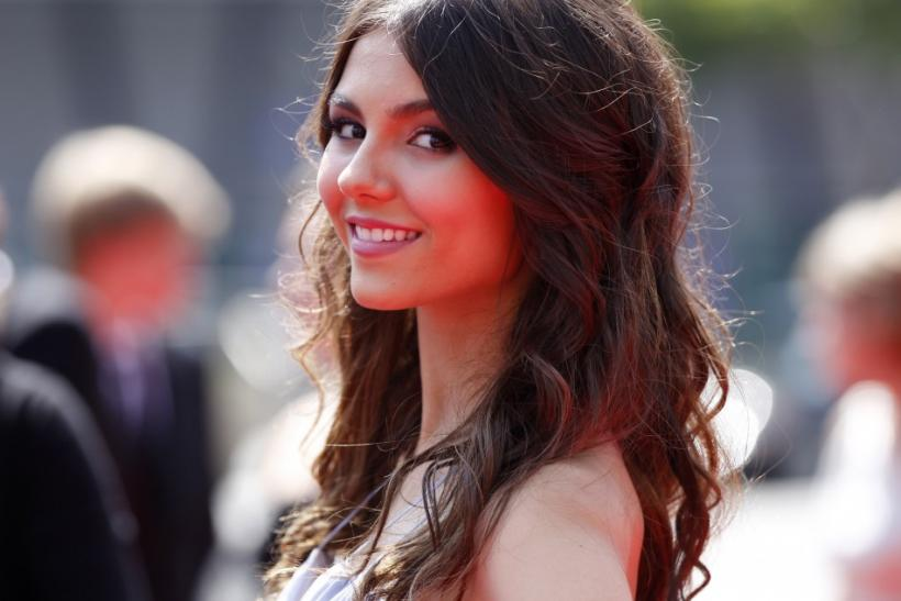 Actress Victoria Justice arrives at the 2011 Primetime Creative Arts Emmy Awards in Los Angeles