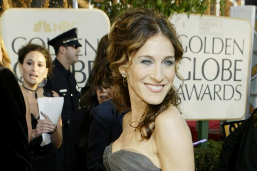 SARAH JESSICA PARKER ARRIVES TO THE GOLDEN GLOBES.