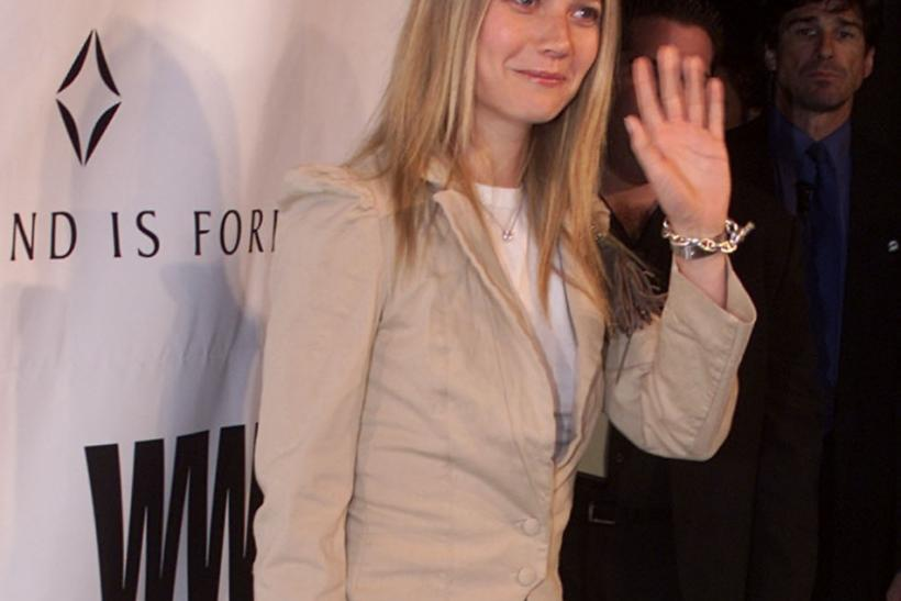GWYNETH PALTROW ARRIVES AT OSCAR DIAMOND PARTY.