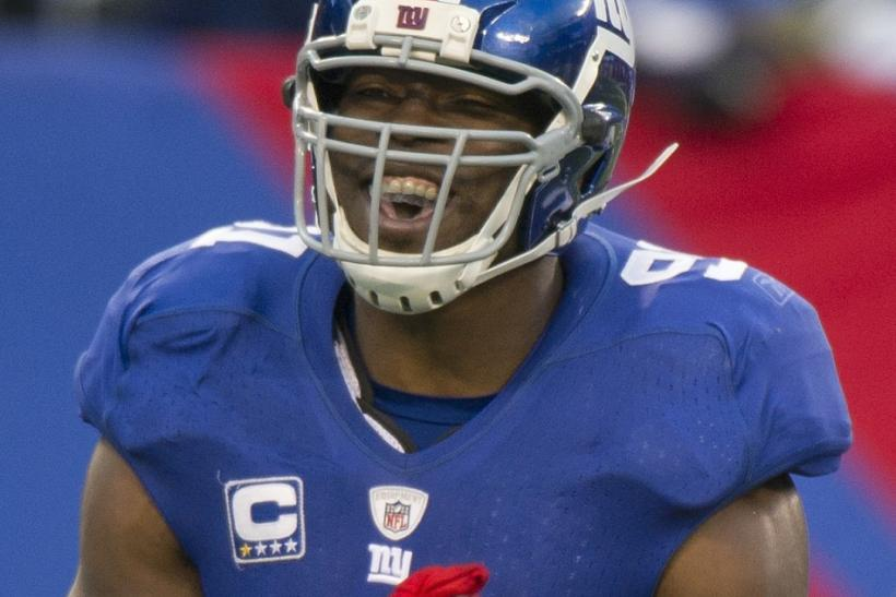 New York Giants Tuck celebrates after a sack of Washington Redskins McNabb in East Rutherford