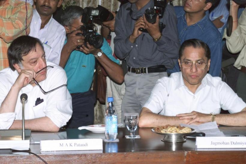 JAGMOHAN DALMIAYA AND PATAUDI AT A MEETING IN NEW DELHI.