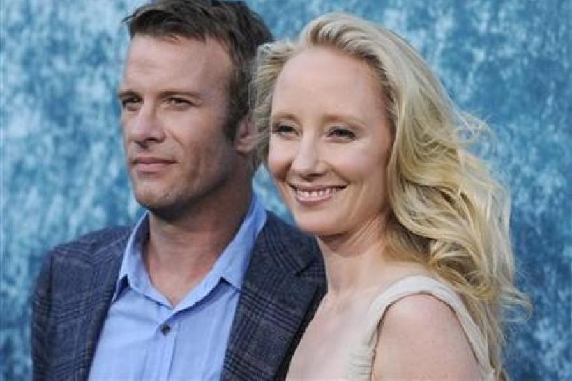 Hung Star Thomas Jane On Capitalist Mind Control And How Addicts