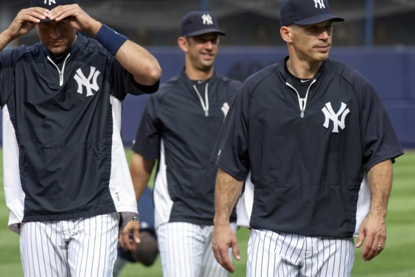 Yankees' Jeter, Posada and Girardi leave the field during workout day in New York