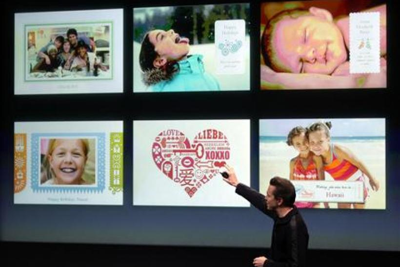"""Scott Forstall, senior vice president of iPhone Software at Apple, speaks about the new app """"Cards"""" at Apple headquarters in Cupertino"""