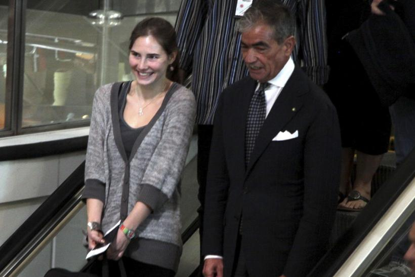 U.S. student Amanda Knox smiles at the Leonardo Da Vinci airport in Fiumicino