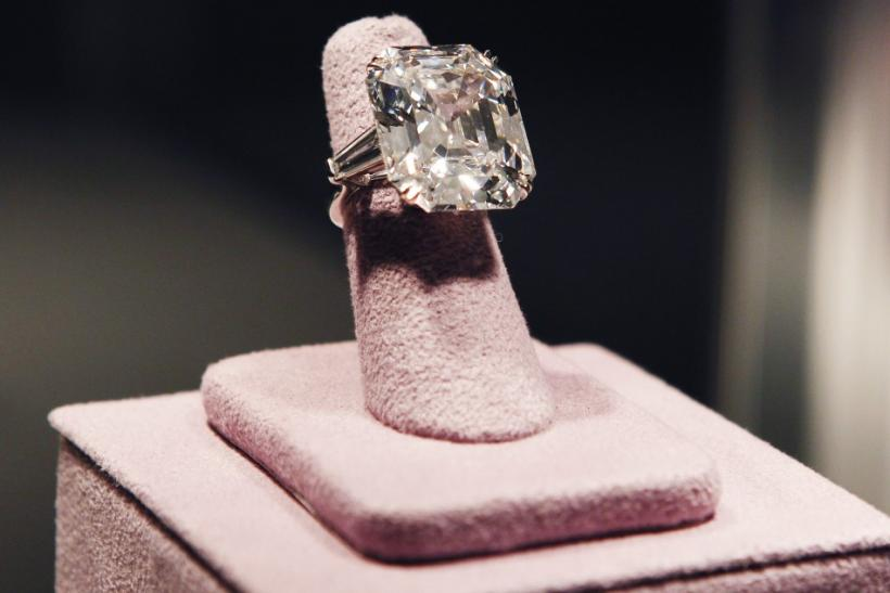Elizabeth Taylor's 33.19 carats diamond ring.