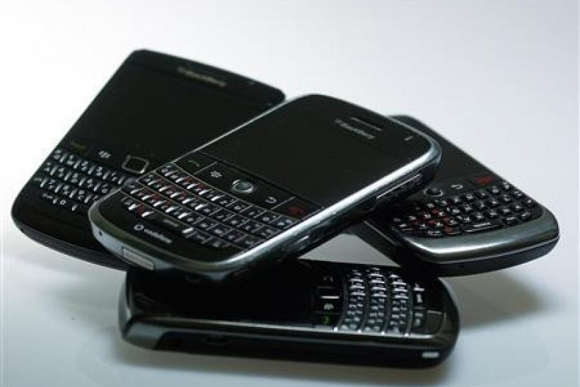 Contrite BlackBerry co-CEOs go into damage-control