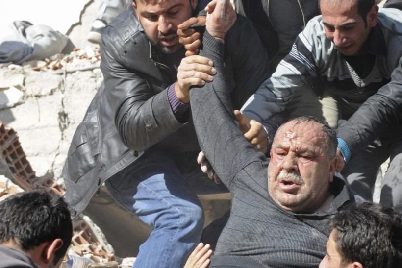 Turkey Earthquake 2011: More than 200 Dead and About 350 Injured in 7.2 Magnitude Quake