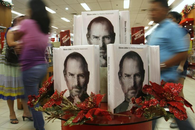 Steve Jobs: 'I admire Mark Zuckerberg