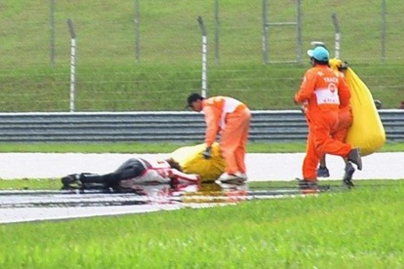Marco Simoncelli Dies: VIDEO and PICTURES of the Graphic MotoGP Crash in Malaysia