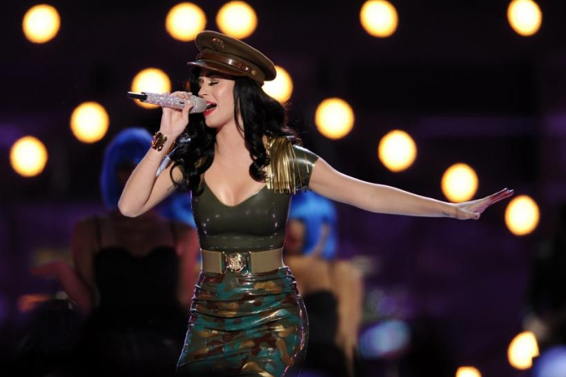 Singer Katy Perry performs during the VH1 Divas Salute The Troops in San Diego