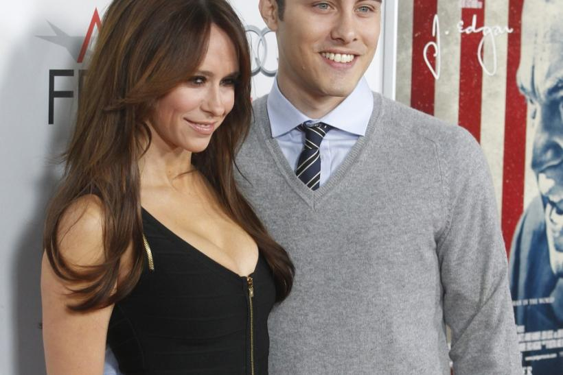 "Actress Jennifer Love Hewitt (L) and Jarod Einsohn pose at the opening night gala for AFI Fest 2011 with the premiere of director Clint Eastwood's film ""J. Edgar"" in Hollywood"