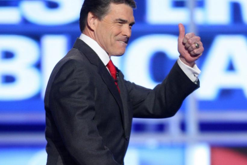 Republican presidential candidate Texas Governor Rick Perry arrives for the start of the CNN Western Republican presidential debate in Las Vegas, Nevada, October 18, 2011.