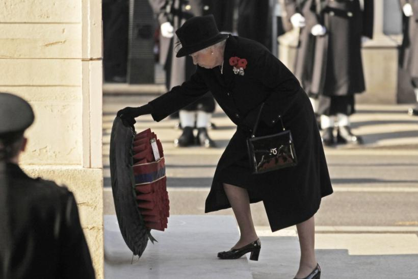 Britain's Queen Elizabeth lays a wreath during the annual Remembrance Sunday ceremony at the Cenotaph in London November 13, 2011.