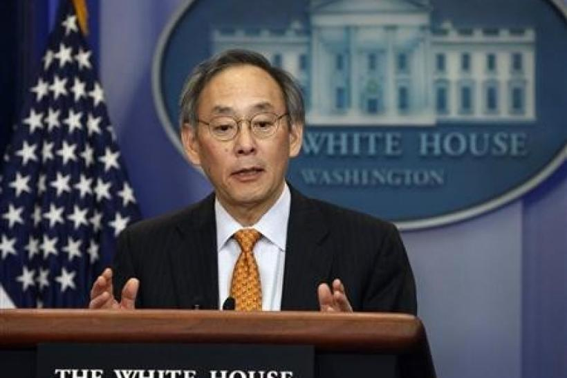 ecretary of Energy Steven Chu briefs the press in Washington, March 30, 2011.