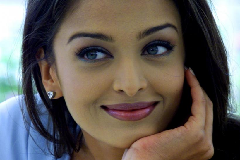Actress Aishwarya Rai gave birth to a baby girl
