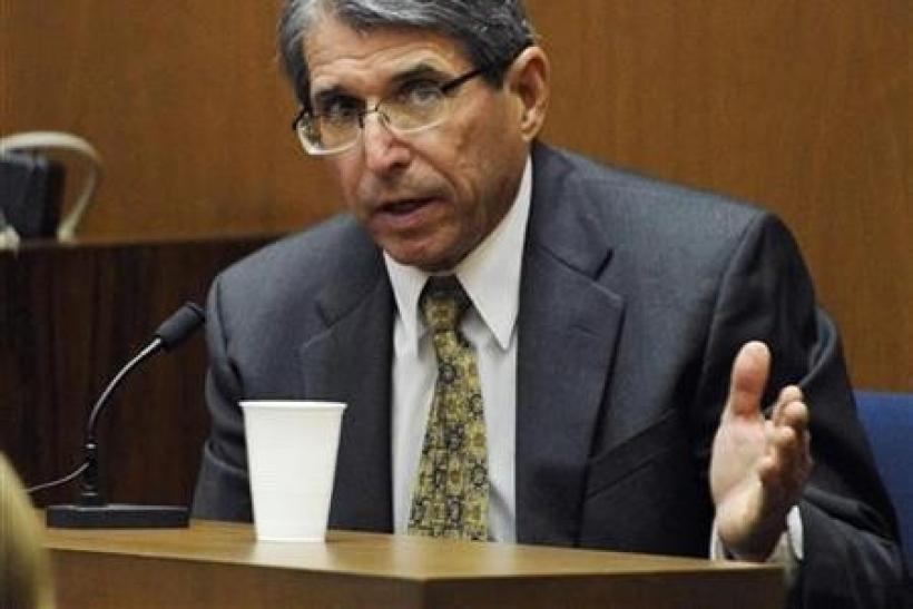 Defense witness Dr. Paul White testifies during a redirect examination at the final stage of Conrad Murray's defense during his involuntary manslaughter trial in the death of singer Michael Jackson at the Los Angeles Superior Court in California