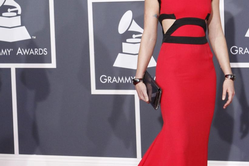 Jennifer Nettles of Sugarland arrives on the red carpet at the annual Grammy Awards in Los Angeles