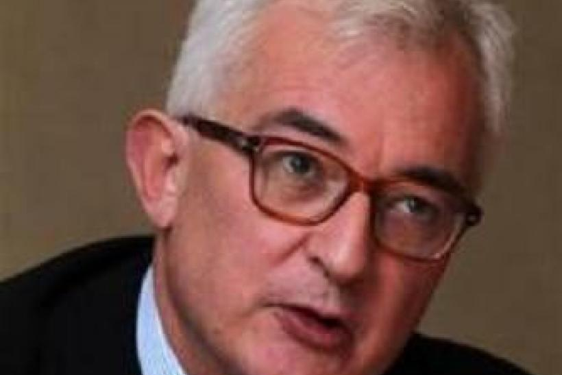 Penguin Books CEO John Makinson speaks during the Reuters Global Media Summit in London November 29, 2011.