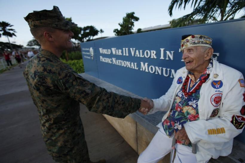 Pearl Harbor Survivor Shakes Hand of U.S. Marine