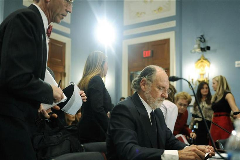 Corzine during a break in testimony about the MF Global
