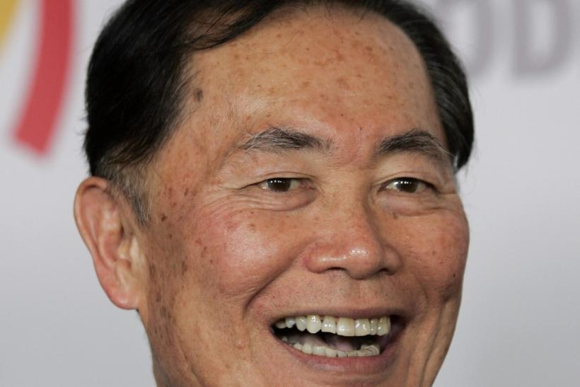 George Takei has been an advocate for human rights and gay rights, but on Tuesday he attempted to unite Star Wars and Star Trek fans against one common enemy: Twilight.
