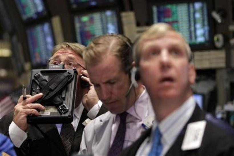Wall Street edges higher after GDP, jobless data