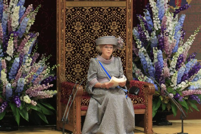 "Dutch Queen Beatrix officially opens the new parliamentary year with a speech outlining the caretaker government's plan and budget policies for 2011 in the 13th century ""Hall of Knights"" in The Hague September 21, 2010."