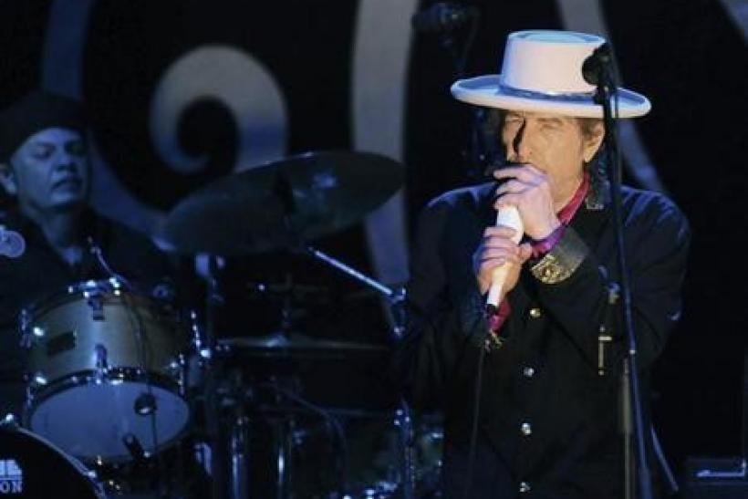 Rock legend Bob Dylan performs in Ho Chi Minh city