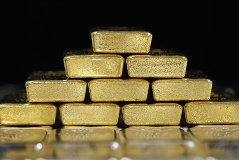 Gold firms as IMF talk, Fitch stance lift euro