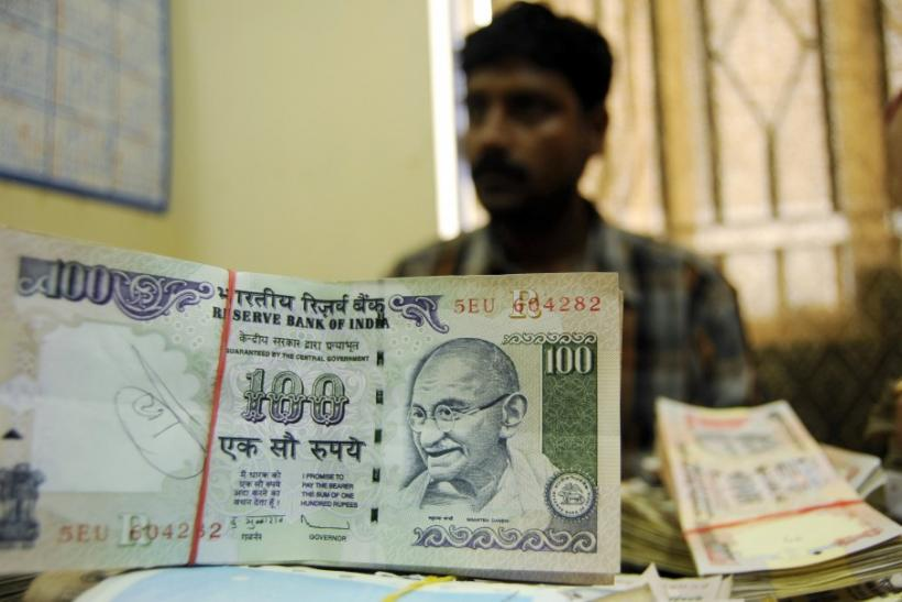 Indian Rupee 100 notes