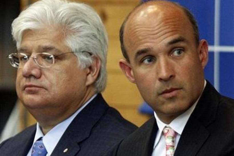 Research in Motion co-CEO Jim Balsillie (R) and President and co-Ceo Mike Lazaridis during the annual general meeting of shareholders in Waterloo, Ontario, July 14, 2009.