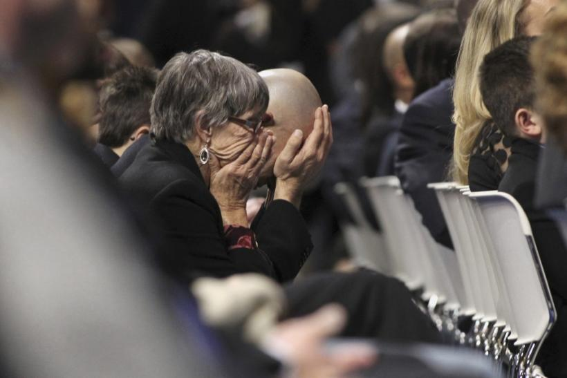 Joe Paterno Memorial: 12,000 Crowd Attend Service [PHOTOS]