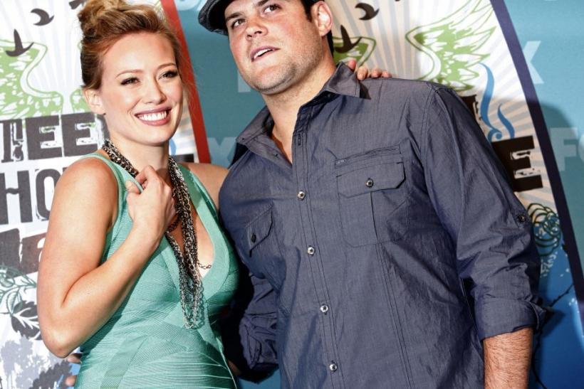 Mike Comrie & Hillary Duff - married August 2010