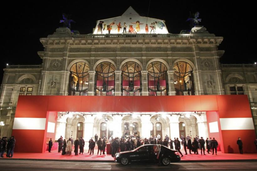 Opera Ball guests arrive at State Opera in Vienna