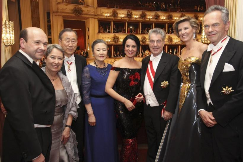 Officials and their guests pose during the traditional Opera Ball (Opernball) in Vienna, February 16, 2012. (L-R) State opera director Dominique Meyer, Margit Fischer, U.N. Secretary General Ban Ki-moon, his wife Yoo Soon-taek, soprano singer Angela Gheor