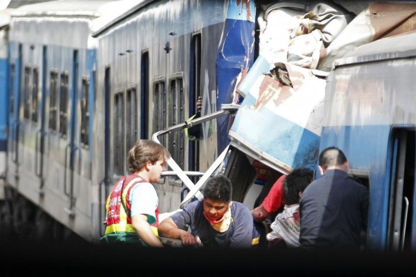 Argentine Train Crash: 49 Dead, 600 Injured