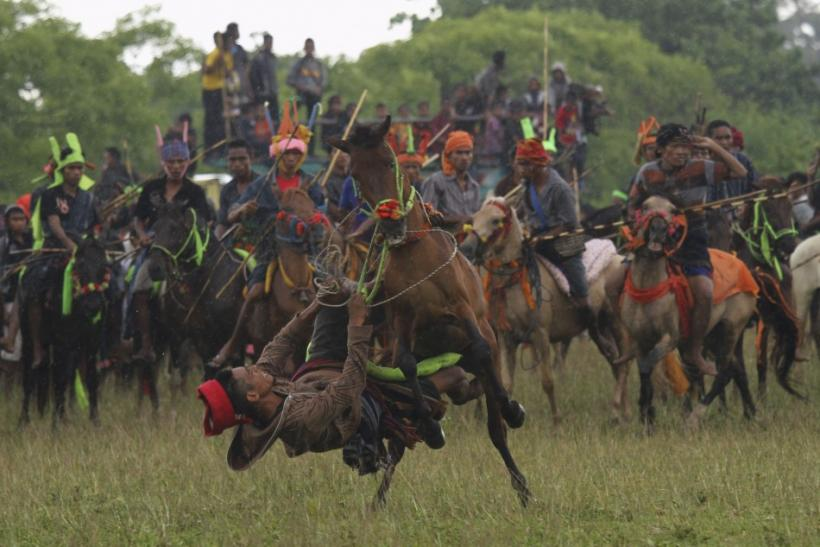Ancient War Game Pasola Festival in Indonesia Seeks Blessings for Good Harvest