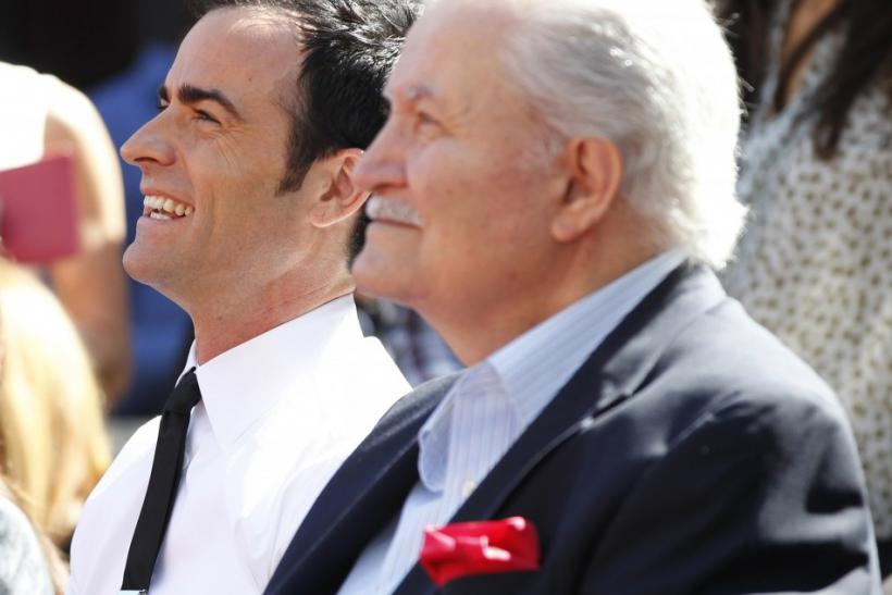 Justin Theroux, John Aniston