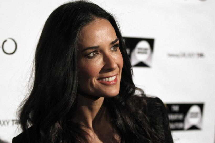 Demi Moore: Out of Rehab and on Vacation, Twitter Fans Show Support