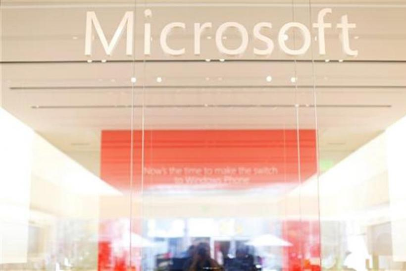 Microsoft Edges Tech Rivals over Patent Rights Bid on AOL Auction